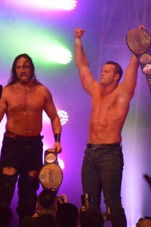Archer (esquerda) e Smith (direita)