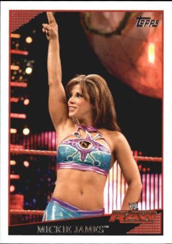 2009 WWE (Topps) Mickie James (No.22)