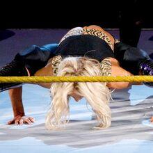 WWE NXT 10-5-10 014.jpg