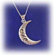 Moon-pendant.t.jpg