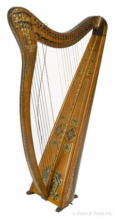 Harp with brokem strings.jpg