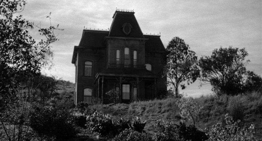 Psycho bates house 01.jpg