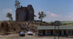 Psycho 2 house and motel.jpg