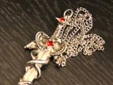 Devil's Necklace