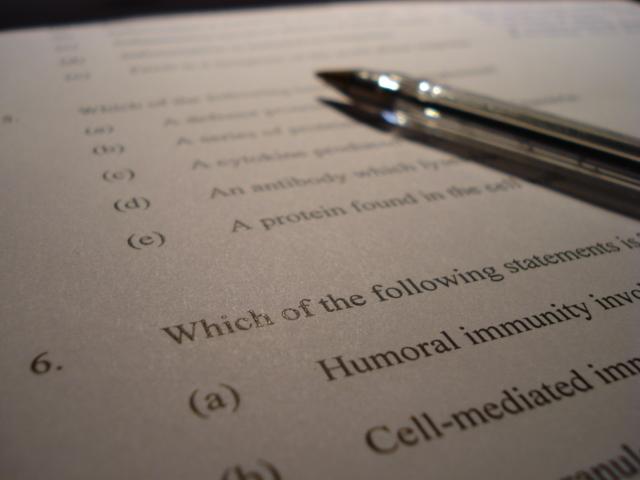 Multiple choice (testing method)