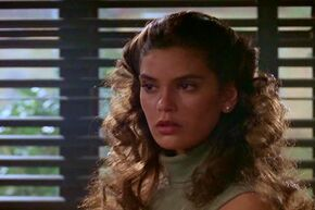"Teri Hatcher makes a guest appearance as a young college coed Donna Eleese in the episode ""Star-Crossed"" in Season 1."