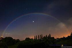 Moonbow431x290-1-.jpg