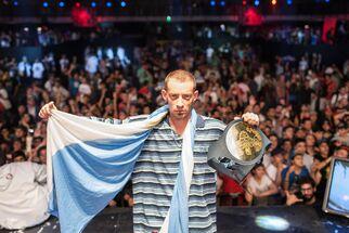 DTOKE, campeón internacional 2013.