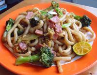 Simple Stir-fried Udon