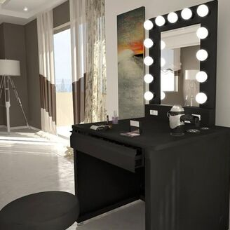 Kim-kardashian-dash-nyc-vanity-girl-desk-makeup-mirror-4-491x491.jpg