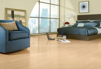 Laminate-flooring-maple-52455-2119135.jpg