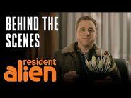 Linda Hamilton, Terry O'Quinn & Giorgio Are coming To Town - Resident Alien - SYFY