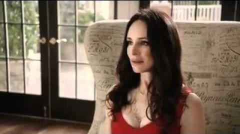Revenge_ABC_1x02_Afternoon_Tea_With_The_Queen