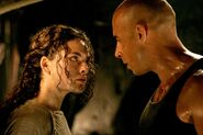 Still-of-vin-diesel-and-alexa-davalos-in-the-chronicles-of-riddick-(2004)-large-picture
