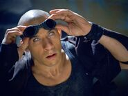 Still-of-vin-diesegl-in-the-chronicles-of-riddick-(2004)-large-picture