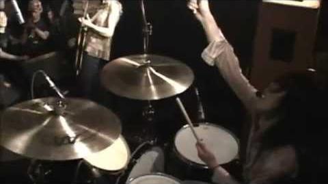 Boris_-_Live_at_the_Shimokitazawa_Shelter_(2003)_(Full_dvd)