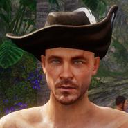 Hut mit weißer Feder