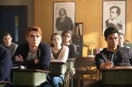 2x02 Archie, Reggie