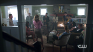 RD-Caps-2x06-Death-Proof-21-Alice-Betty-Archie-Veronica-Josie-Kevin-Reggie-Melinda-Hermione-Hiram-Fred-Sheriff-Keller-Mayor-Sierra-McCoy