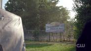 RD-Caps-2x05-When-a-Stranger-Calls-109-Sunny-side-trailer-park