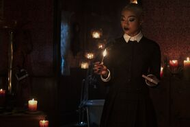 CAOS-Promo-2x01-A-Midwinter's-Tale-04-Prudence