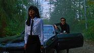 RD-Promo-3x05-The-Great-Escape-12-Josie-Reggie