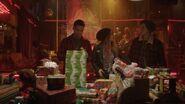 2x09 Fangs, Toni and Jughead