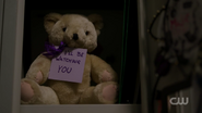 RD-Caps-2x07-Tales-from-the-Darkside-62-Teddy-bear
