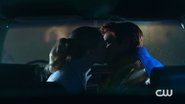 RD-Caps-2x09-Silent-Night-Deadly-Night-111-Betty-Archie-kissing