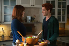 RD-Promo-4x08-In-Treatment-01-Mary-Archie.jpg