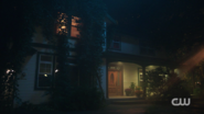 RD-Caps-2x07-Tales-from-the-Darkside-118-Keller-house