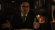 RD-Caps-4x02-Fast-Times-at-Riverdale-High-31-Mr-Honey