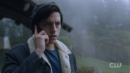 RD-Caps-2x14-The-Hills-Have-Eyes-34-Jughead