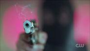 RD-Caps-2x01-A-Kiss-Before-Dying-83-Black-Hood-gun