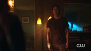 RD-Caps-2x05-When-a-Stranger-Calls-89-Jughead