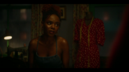 KK-Caps-1x05-Song-for-a-Winters-Night-13-Josie