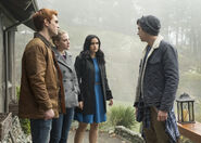 RD-Promo-2x14-The-Hills-Have-Eyes-08-Archie-Betty-Veronica-Jughead