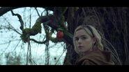 CAOS-Caps-1x01-October-Country-131-Malum-Malus-apple-Sabrina