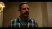 KK-Caps-1x08-Its-Alright-Ma-(Im-Only-Bleeding)-112-Luis
