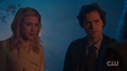 RD-Caps-2x12-The-Wicked-and-The-Divine-102-Betty-Jughead