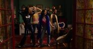 KK-Promo-1x05-Song-for-a-Winters-Night-29-Katy-Pepper-Josie-Jorge-Ginger