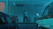 RD-Caps-2x01-A-Kiss-Before-Dying-137-Betty-Jughead