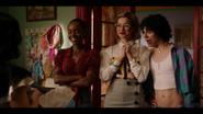 KK-Caps-1x04-Here-Comes-the-Sun-09-Josie-Pepper-Jorge