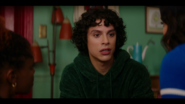 KK-Caps-1x05-Song-for-a-Winters-Night-34-Jorge