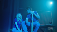 RD-Caps-2x18-A-Night-To-Remember-28-Betty-Archie
