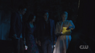 RD-Caps-3x22-Survive-The-Night-74-Archie-Veronica-Jughead-Betty