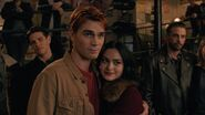 RD-Promo-4x07-The-Ice-Storm-19-Kevin-Archie-Veronica-FP