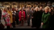 KK-Caps-1x01-Pilot-105-Pepper-Jorge-Josie-Katy-Francios-Mrs-Lacy-Gloria