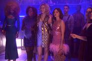 KK-Promo-1x01-Pilot-12-Josie-Pepper-Katy