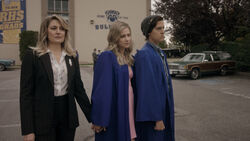 RD-Promo-5x03-Graduation-16-Alice-Betty-Jughead.jpg